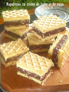 Napolitane cu crema de lapte si de nuga Desserts With Biscuits, No Bake Desserts, Delicious Desserts, Romanian Desserts, Romanian Food, Good Food, Yummy Food, Pastry Cake, Desert Recipes