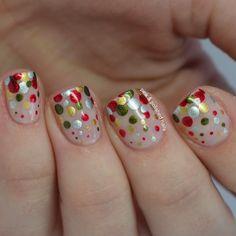 Pink & Polished: Christmas Eve Dots