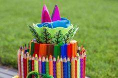 Torte aus Stiften (7) Birthday Candles, Polymer Clay, Baby Kind, Crafty, Handmade, Gifts, Diy Baby, Diana, Wrap Gifts