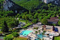 #Camping #Domaine de #Soleil #Plage is een leuke gezinscamping. De camping ligt middenin de zogenaamde #Perigord #Noir in de #Dordogne, vlak bij de plaats #Sarlat. Lees alles over deze #camping op #zonnigzuidfrankrijk.nl!