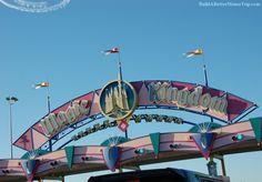 Magic Kingdom sign / Disney World