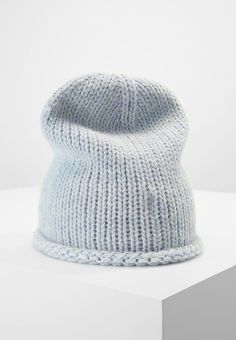 Levi's® SEASONAL - Hat - light blue for £29.99 (16/10/17) with free delivery at Zalando
