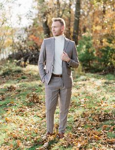 Absolutely Autumnal: Colorful Fall Elopement Inspiration with Modern Twist - Green Wedding Shoes Groom Attire, Groom And Groomsmen, Wedding Men, Wedding Styles, Fall Wedding, Wedding Ideas, Modern Groom, Autumn Bride, Stylish Suit