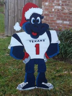 Wooden Houston Texans Santa Toro Yard Art