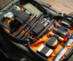 Our friends at Everyday Carry usually share lots of great items like tools, knives, pens, and survival gear. Now you need a place to put all your cool stuff. For carrying all your EDC, check out this list of excellent pouches and organizers. We need that Vanquest Maximizer right now.