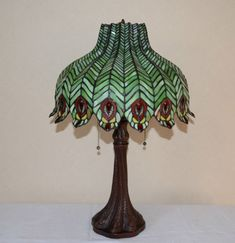"18""w Zinc Base Peacock Feather Stained Glass Tiffany Style Jeweled Table Lamp 