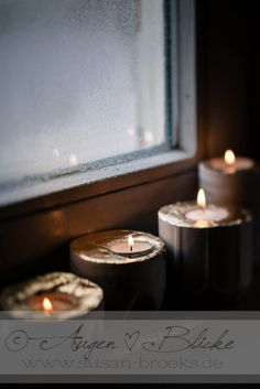 DIY-Candle-Holder: Concrete and old plastic bottles. Simple and fun for kids