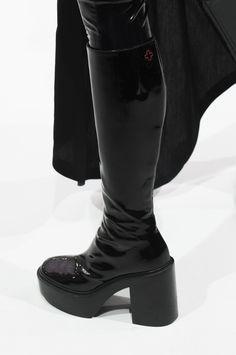 AF Vandevorst Fall 2017 Couture Fashion Show Details