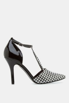 Agnes Black and White Houndstooth Heel