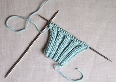 How to Knit Tighter 2×2Ribbing instructions for flat and in the round knitting