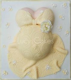 yellow pregnant belly baby shower cake by Lucyscakesandtoppers.co.uk, via Flickr by LA CHINIS