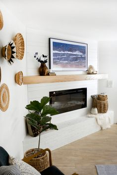 Stylishly blending the tv into your home decor with Samsung's new The Frame TV.