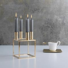 By Lassen Kubus 4 kynttilänjalka, messinki | By Lassen Kubus | Kynttilänjalat | Sisustus | Finnish Design Shop