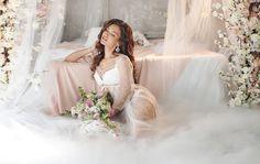 Wedding bridesmaids proposals brides 70 ideas for 2019 Bridal Boudoir Photos, Bridal Poses, Wedding Boudoir, Wedding Lingerie, Bridal Portraits, Bridesmaid Proposal, Wedding Bridesmaids, Bridesmaid Dresses, Wedding Dresses