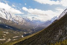 https://earthporn.co/sightseeing/north-america/canada/banff-national-park-in-alberta.jpg