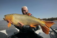 Season 6, River of Blood: Investigating reports of a brutal riverside mutilation, Jeremy Wade uncovers the slasher stalking Argentina's River of Blood.