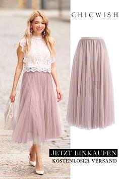 My secret weapon: a long pink tulle skirt - Alles - . My secret weapon: a long pink tulle skirt - Alles - Jupe Tulle Rose, Pink Tulle Skirt, Tulle Skirts, Party Skirt, Party Dress, Skirt Outfits, Dress Skirt, Mode Unique, Mode Plus