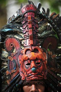 Mayan mask - Idea for an inspiration of Mayan for my collection, Repin Mayas usaban muchas máscaras artísticas