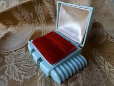 Vintage Ring Box_Original Art Deco Ring by GoldenBeeAntiques, $35.00