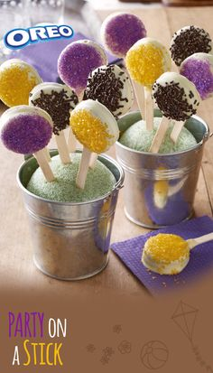 Who's ready for the fiesta? Get the party going with these festive OREO Party on a Stick treats -- cookies inside, sprinkled with fun on the outside!