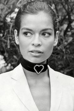 24 gorgeous vintage photos of Bianca Jagger that epitomize her perfect '70s style.