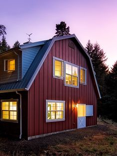 1000 images about barns and sheds redone on pinterest for Gambrel metal homes