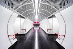 SUBWAY: la série photographique qui explore l'architecture souterraine