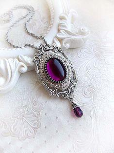 Goth Jewelry, Fantasy Jewelry, Jewelery, Jewelry Accessories, Jewelry Design, Jewelry Necklaces, Purple Necklace, Amethyst Necklace, Amethyst Pendant