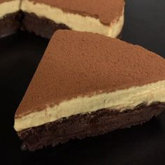 """This is """"Torta al cioccolato e mousse di caffè"""" by Al.ta Cucina on Vimeo, the home for high quality videos and the people who love them. Mexican Dessert Recipes, Lemon Dessert Recipes, Easy Desserts, Sweet Recipes, Cake Recipes, Cake Decorating Videos, Strawberry Desserts, Holiday Cakes, Food Cakes"""