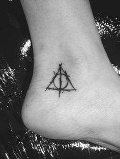 foot tattoo for fashion girls   #tattoo  #foot  #girls   www.loveitsomuch.com