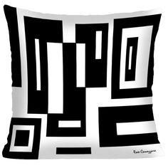 NOVA COLEÇÃO BLACK AND WHITE BY ROSE CANAZZARO <br>Capa de almofada com reproduções de quadros da Artista Plástica Rose Canazzaro para enriquecer a decoração da sua casa. Divirta-se decorando com arte!! <br>Tecido Oxford <br>Zíper embutido <br>Impressão frente e verso. <br>Lavar a mão