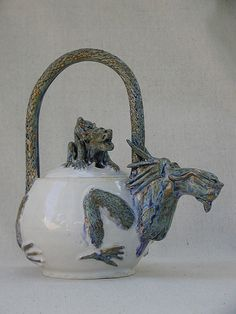 Dragon Teapot - yes, please!