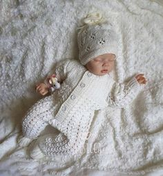 Knitted Baby Clothes, Knitted Romper, Knitted Dolls, Lace Knitting, Baby Knitting Patterns, Crochet For Boys, Crochet Baby, Boys Christening Romper, Baby Overall