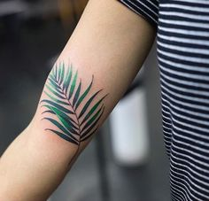 Zihee leaf tattoo