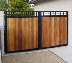 Out of all the cedar fence gate designs out there, this gorgeous, rustic wooden fence is the perfect touch as an entranceway to the garden! Fence gate ideas and design. Metal Driveway Gates, Wood Fence Gates, Metal Gates, Wooden Gates, Front Gates, Front Yard Fence, Dog Fence, Cedar Fence, Vinyl Fencing