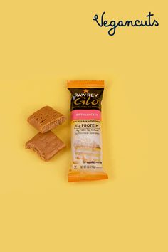 You can have your cake and eat it too! Made with protein-rich superfoods, each bar is packed with 13g of high-quality proteins. Raw Rev crafts quality high-protein, vegan, kosher, gluten-free protein bars with flavorful & real ingredients. Oh, and this one contains no nuts or chocolate.