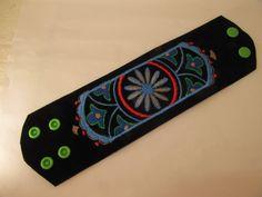 Manschettenarmband aus Lederhose