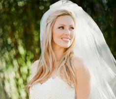 Wedding Hair, Stylist: Ryan Hamon - Austin Wedding  http://caratsandcake.com/paraskevopoulos