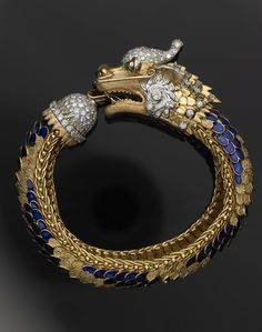 Vintage dragon bracelet....in honor of the Year of the Dragon...