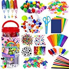 FunzBo Arts and Crafts Supplies Jar for Kids - Craft Art Supply Kit voor peuters Christmas Crafts, Halloween Crafts, Christmas Decorations, Christmas Ornaments, Christmas Trees, Cadeau Parents, Art Sets For Kids, Plastic Pumpkins, Toddler Age