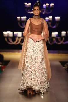 Manish Malhotra at India Couture Week 2014 - Indian bridal lehnga