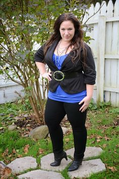 Plus size fashion for women Plus Size Fashion Blogger Full Figured & Fashionable   Love her use of belts