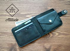 Leather Wallet Pattern, Handmade Leather Wallet, Leather Clutch, Leather Case, Leather Purses, Diy Leather Card Holder, Leather Business Card Holder, Leather Projects, Leather Accessories