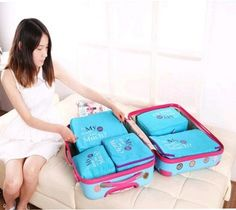 1 Bag Organization, Organizers, Travel Bags, Lunch Box, Organizing Tips, Bento Box, Planners, Organizations, Suitcase Storage