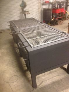 Backyard Barbeque, Bbq Grill, Custom Bbq Smokers, Metal Art Projects, Grill Design, Barbacoa, Grills, Stove, Charcoal
