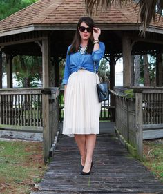 cream midi tulle skirt and chambray, spring style, spring trends, women's fashion