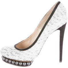 Pre-owned Nicholas Kirkwood Tweed Embellished Pumps ($155) ❤ liked on Polyvore featuring shoes, pumps, white, beaded shoes, nicholas kirkwood pumps, platform pumps, white platform pumps and embellished shoes
