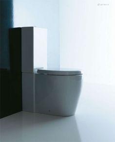 Dal progetto di far incrociare le forme del cerchio e dell'ellisse, nasce la serie di lavabi Orbis, che esaltano la purezza della ceramica