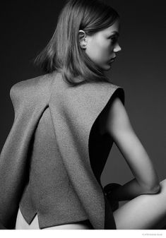 Jenna Earle - FLARE September 2014 Andrew Soule www.andrewsoule.com via flare.com  for #composition #motion #light