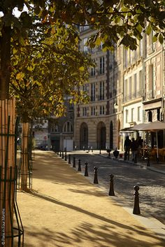 Ile de la Cité, Place Dauphine, Paris I - I love this little corner of Paris.